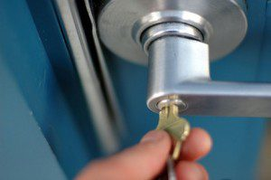 To know about average locksmith service